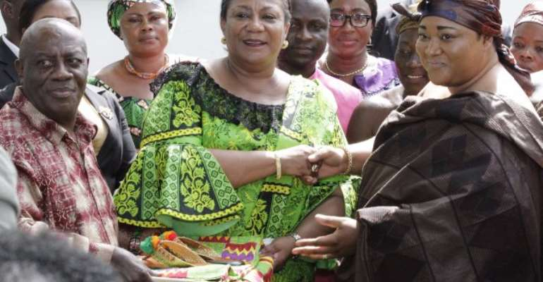 New MBU At KATH: Ashanti Queenmothers Thank First Lady