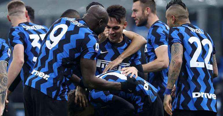 Nicolo Barella of FC Internazionale celebrates after scoring his team's second goal with team mates during the Serie A match between FC Internazionale and Juventus at Stadio Giuseppe Meazza  Image credit: Getty Images