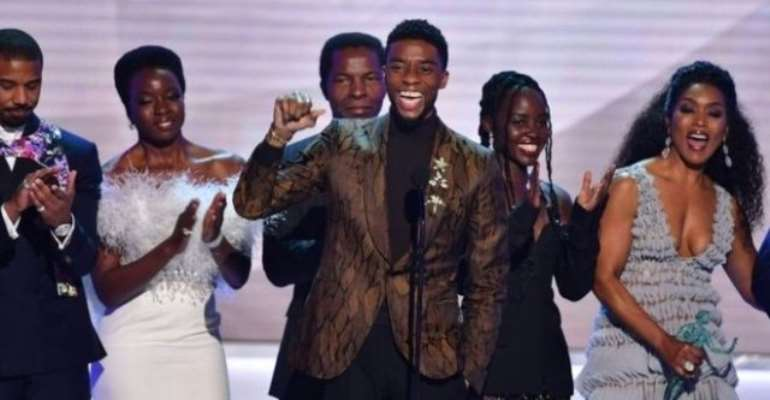 Chadwick Boseman and the cast of Black Panther accept an award at the 25th SAGs (AFP)