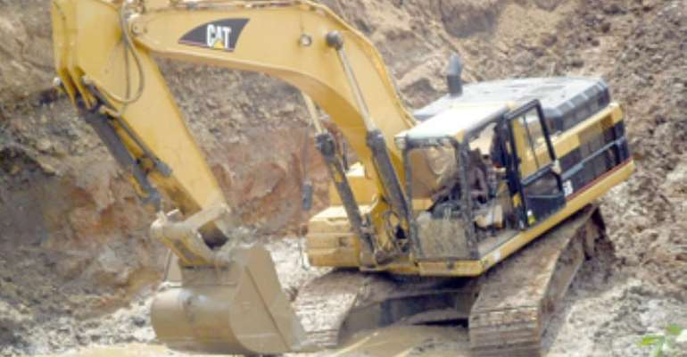 Allow competent hands to review Community Mining Programme – Small Scale Miners to gov't