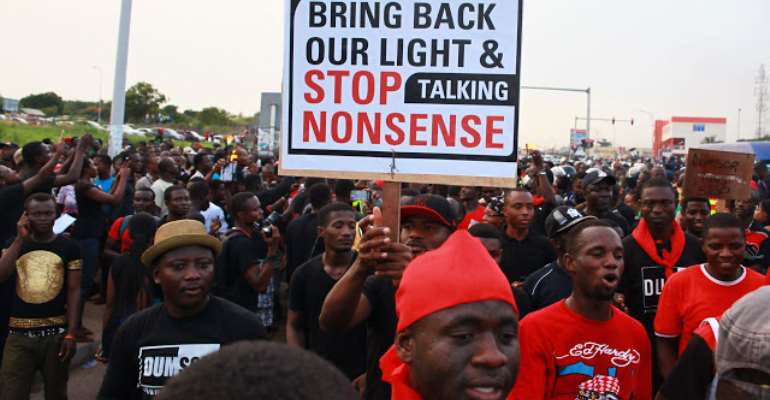 Ghanaians protesting against electricity fluctuations in the country, photo credit: AP