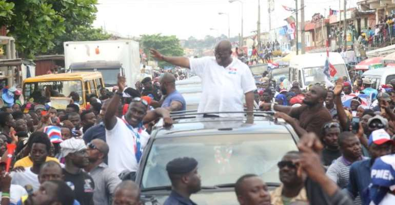 Akufo-Addo campaigning in the run up to 2016 elections