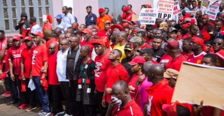 [Photos] Massive Turnout For 'Yɛnpene' Demo Against New Register In Kumasi