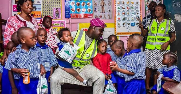 Prince Kayode Akiolu: Lawmaker representing Lagos Constituency II visits Araromi Baptist school, Ereko Methodist school And Gives Pep Talk To Young Students.