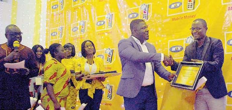 An Agent Receiving Receiving An Award