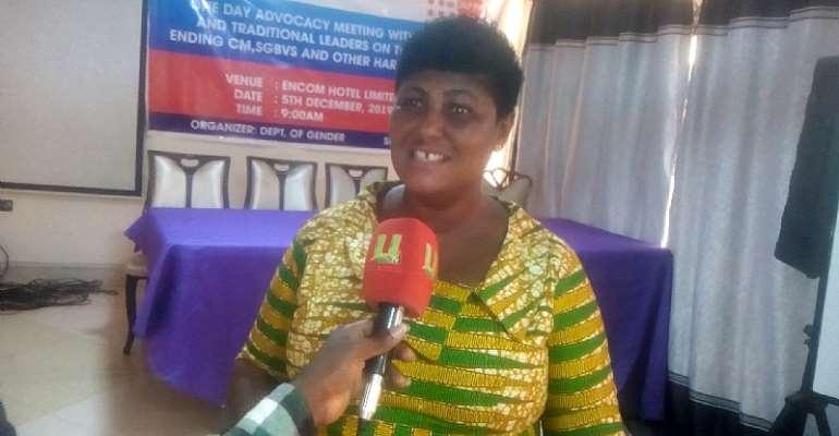 Supt. Setina Aboagye, DOVVSU Co-ordinator speaking to the media at the meeting in Techiman