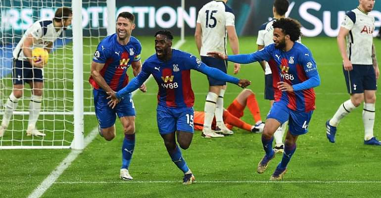 Jeffery Schlupp lauds Crystal Palace teammates after snatching late point against Tottenham
