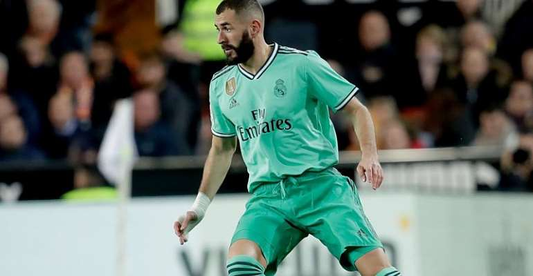 La Liga: Benzema Salvages Madrid Draw  With Clasico Looming