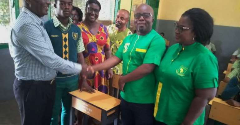 GHANASS 1985 Old Students Give Back To  Alma Mater