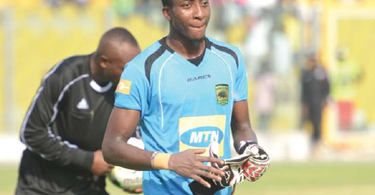 Felix Annan Agrees To A 2-Year Contract Extension With Kotoko