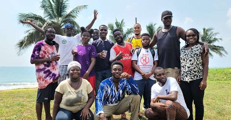 """""""Friends of Nature"""" urges companies to set funds to help fight proper sanitation on Ghana's beaches."""