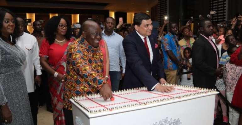 Akufo-Addo Lights Kempinski To Usher In Christmas Season