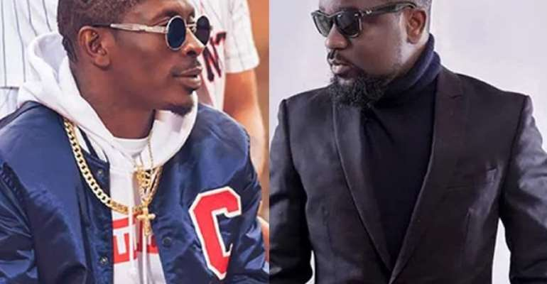 Shatta Wale and Sarkodie (R)