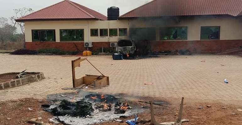 Tension In Ho West As Youth Chase DCE, Burn Assembly Vehicle