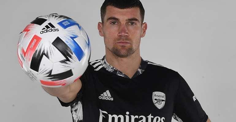 PL:  Arsenal sign Brighton goalkeeper Mat Ryan on loan