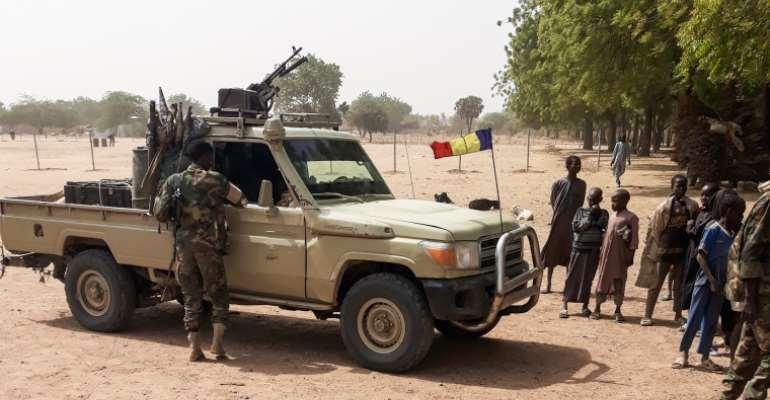 Chadian police raid Radio FM Liberté broadcaster, arrest dozens