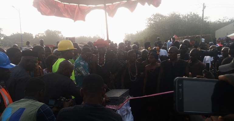 Paramount Chief Of Fodome Commends Government For New Street Lights