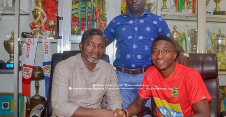 JUST IN: Felix Annan Signs 3-Year Contract Extension With Asante Kotoko