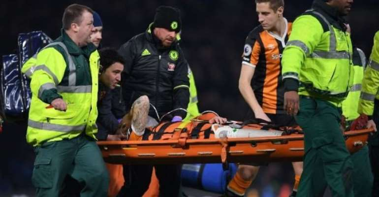 Hull's Ryan Mason suffered fractured skull after collision with Gary Cahill
