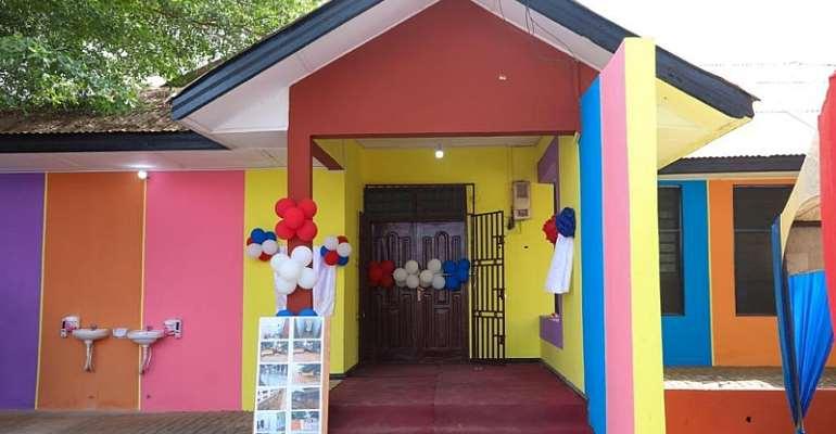 Rebecca Foundation and Dakoa Newman commissions Okaikwei South library