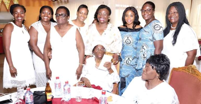 rs Rosemond Asiamah Nkansah (arrowed) with other female police officers during her 90th birthday celebration