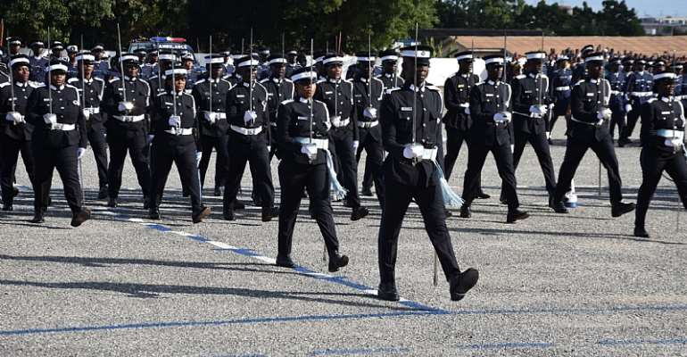 6,073 junior police officers promoted