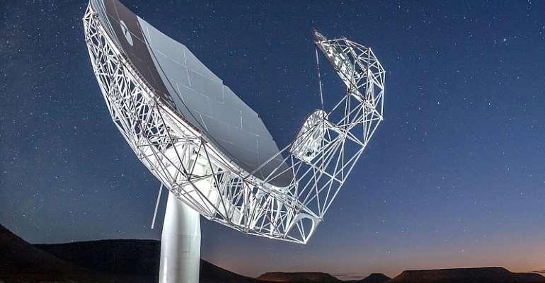 MeerKAT Radio Telescope - Source: