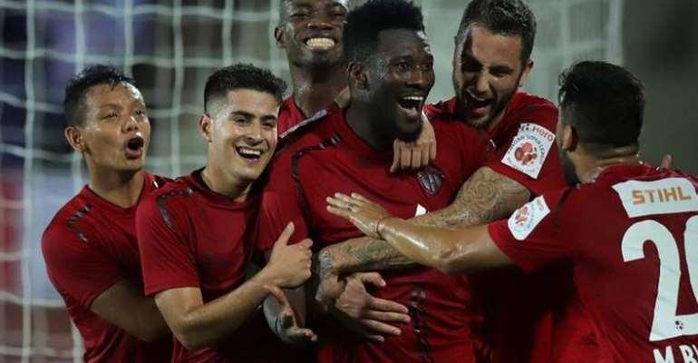 Asamoah Gyan Entertains NorthEast United Teammates [VIDEO]