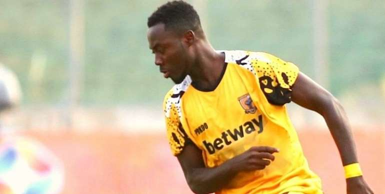 Eric Donkor Returns To AshGold Training