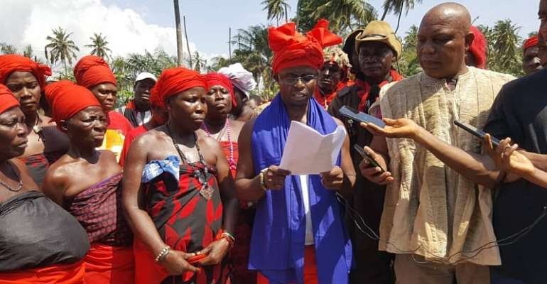 Our spiritual father says vigilantes are being recruited, armed, dressed in military uniforms to foment trouble but we shall see — Ketu South traditional leaders