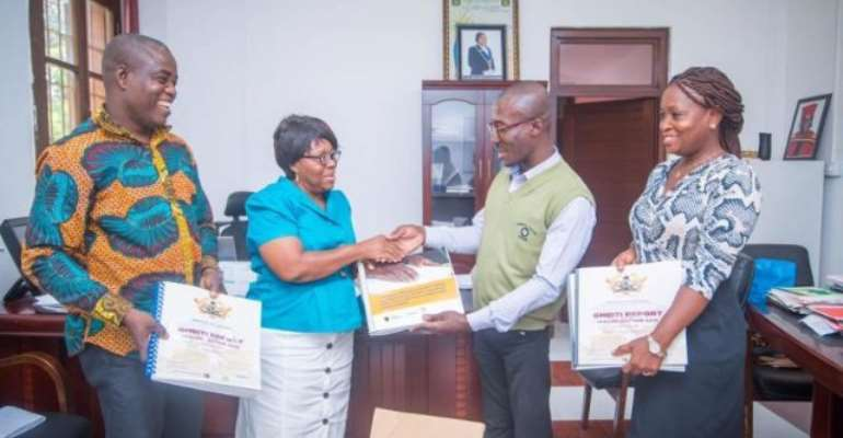 ACEP Supports UG Library With Materials For The Blind