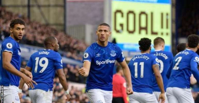 PL: Everton Beat Chelsea In Ferguson's First Game
