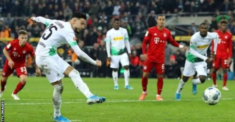 Bundesliga: Champions Bayern Beaten By Leaders Borussia Gladbach