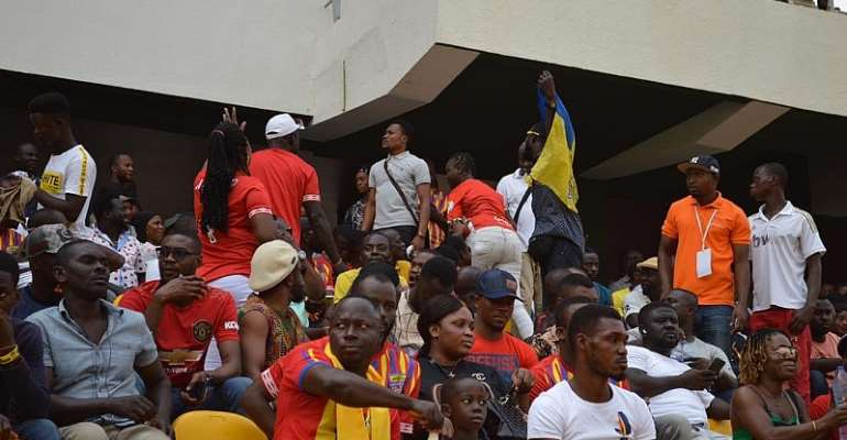 GHPL: Watch How Furious Hearts of Oak Fan Tried To Attack Referee After Defeat