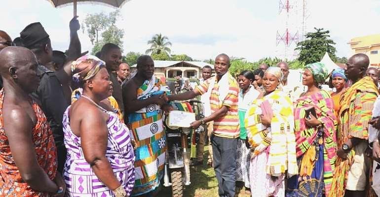 42 Year Old John Coffie Adjudged 2019 Municipal Best Farmer In Obuasi
