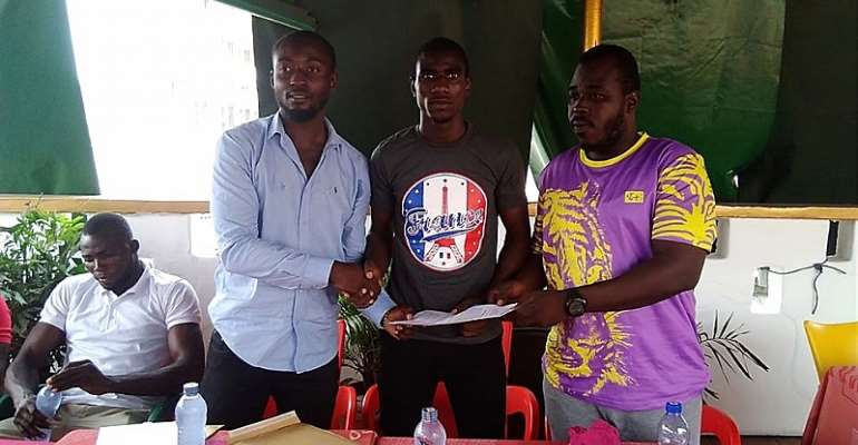 Akotoku Boxing Production And Management Sign Two Boxers