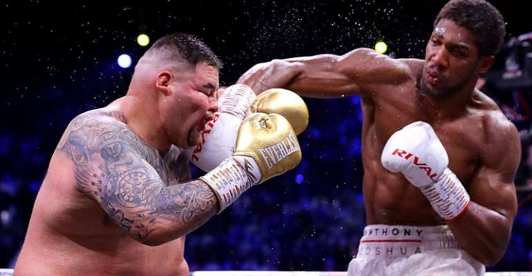 Andy Ruiz and Anthony in a bout
