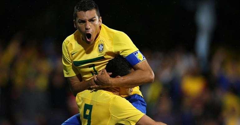 Brazil 2002 World Cup-Winner Lucio Retires At 41