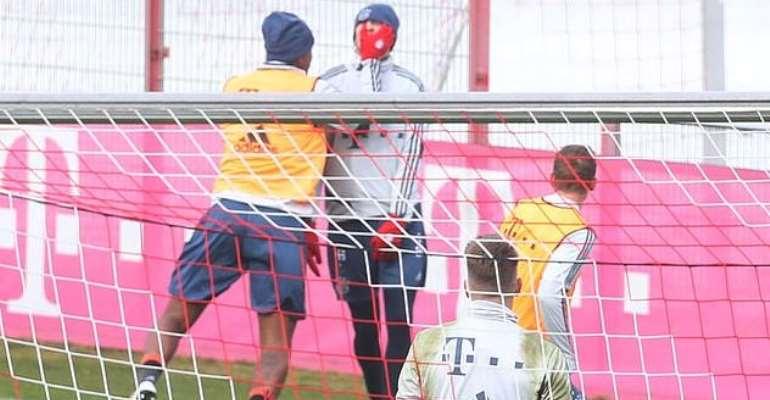 Jerome Boateng Punches Bayern Munich Teammate At Training Grounds [PHOTOS]