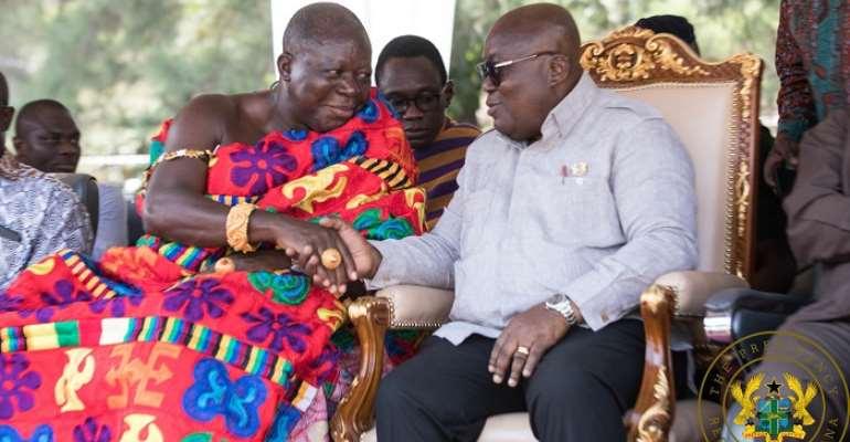 President Nana Akufo-Addo (right) and Otumfuo Osei Tutu II
