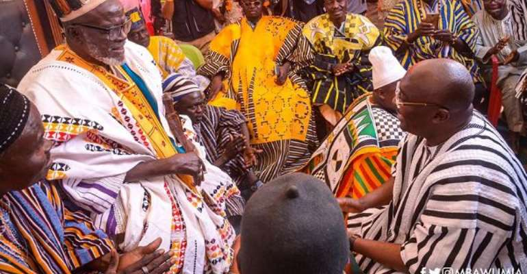 Naba Asigri Abugrago Azoka II in a discussion with Vice-President Dr Mahamudu Bawumia (right)