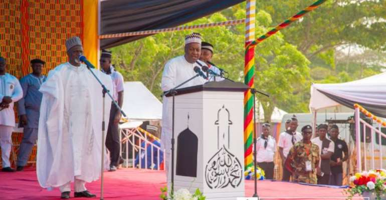 Criticise Corruption, Nepotism  With Boldness — Mahama To Religious Leaders