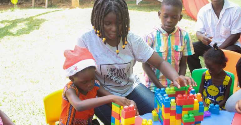 The Josh Bauer Organization Spends Christmas With Adehye Special Home