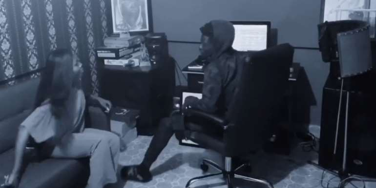 [Watch] Kuami Eugene, Freda Rhymes Caught In The Studio Doing...