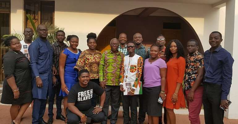 Joha Braimah and Bismark Quartey in a group photograph with participants