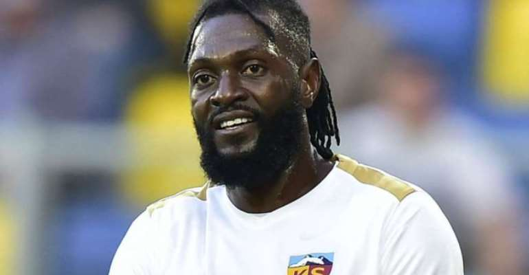 Paraguay's Olimpia announce signing of Adebayor