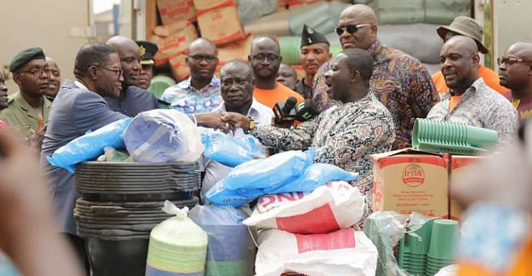 NADMO Donates Relief Items To Ghanaians In Togo