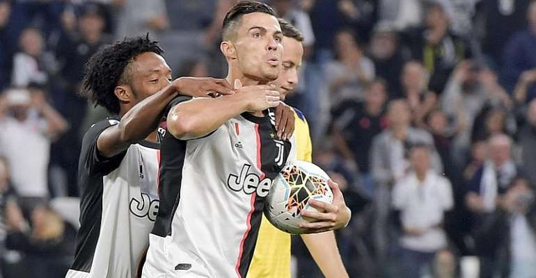 Ronaldo Penalty Snatches Juve First-Leg Draw At Milan