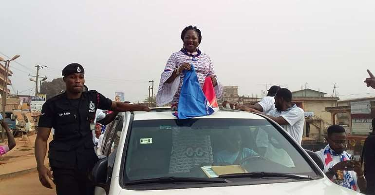 Asokwa Stands Still As Mama Pat Files Her Nomination Forms