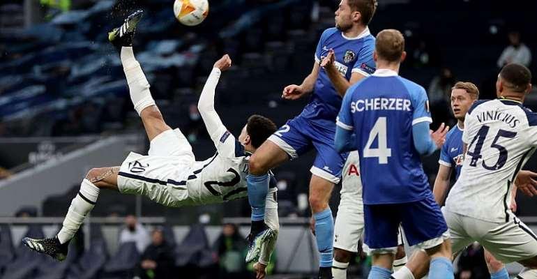 Alli scores superb goal to help Tottenham cruise into Europa last 16